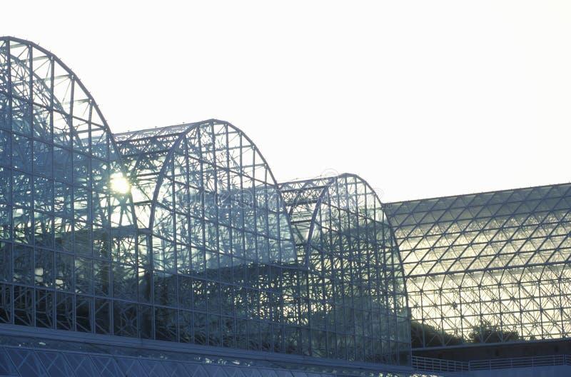 Wschód słońca przy biosferą 2 przy Oracle w Tucson, AZ zdjęcia stock