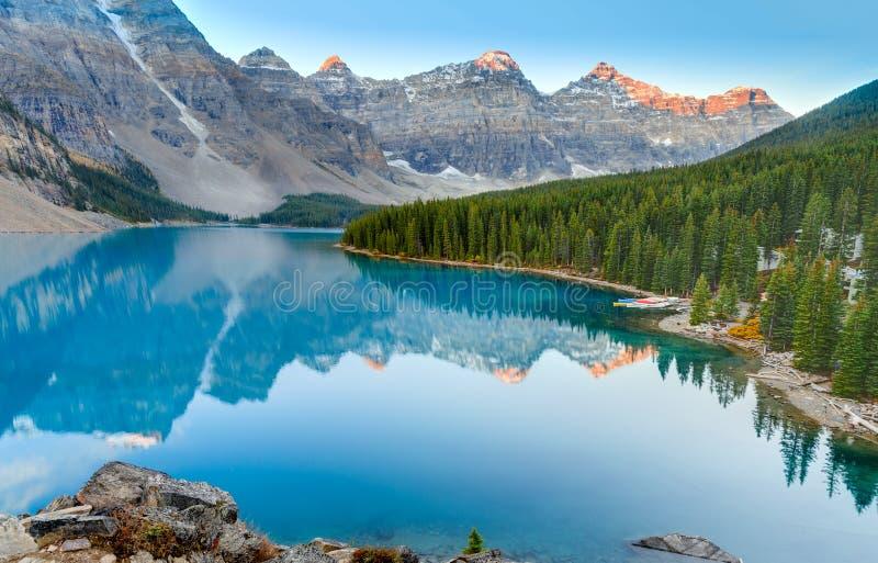 Wschód słońca przy Morena jeziorem obraz royalty free
