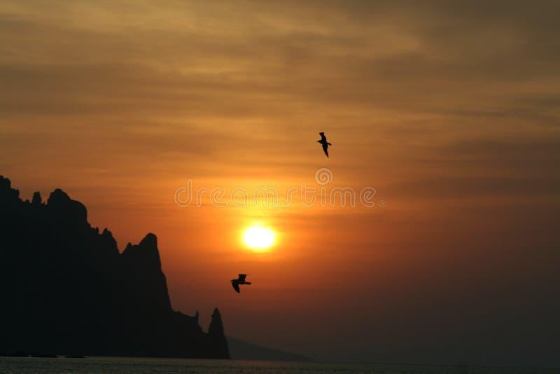 Wschód słońca przy morzem zdjęcia stock