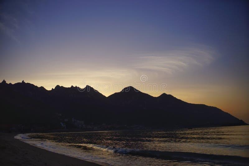 Wschód słońca przy morzem obrazy stock