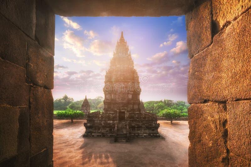 Wschód słońca przy Prambanan Hinduską świątynią Środkowy Jawa, Indonezja obrazy royalty free