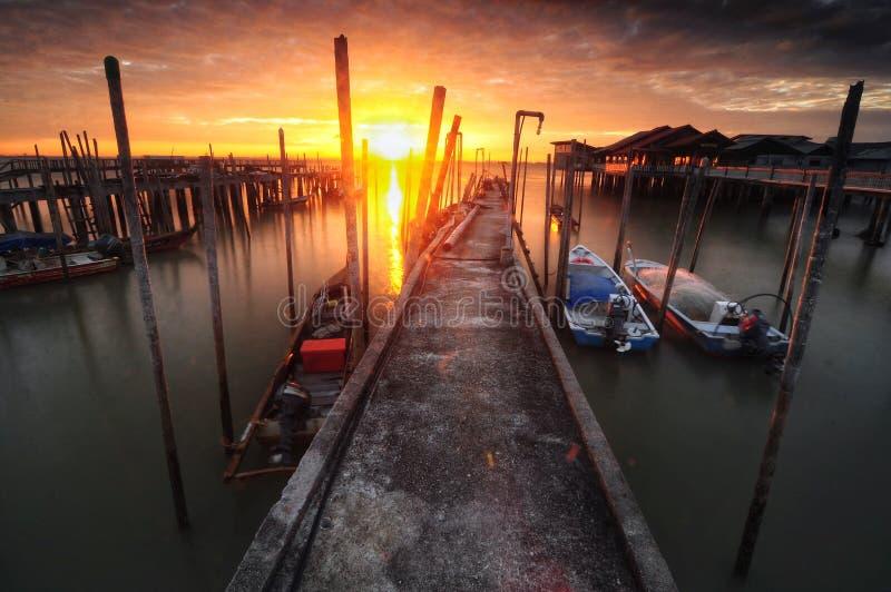 Wschód słońca przy rybaka jetty tanjung piai Johor Malaysia fotografia stock