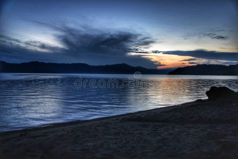 Wschód słońca w Jeziornym Toba, Sumatera Utara, Indonezja zdjęcia stock