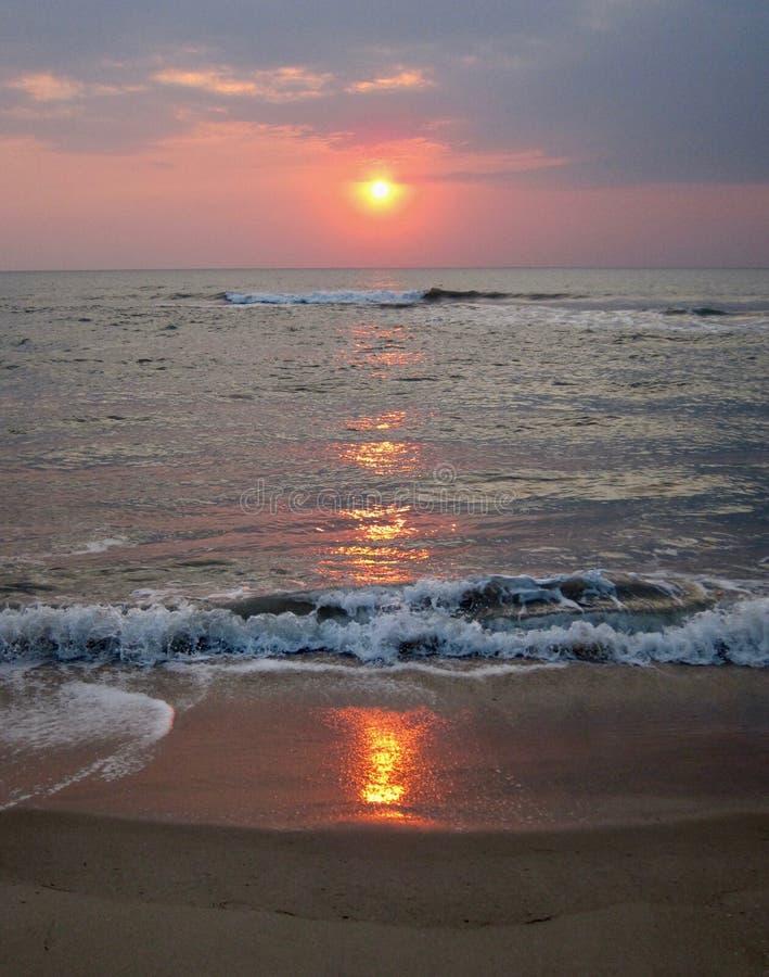 Wschód słońca w zatoce Tajlandia 3 obrazy royalty free