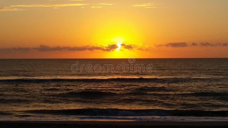 Wschód słońca w zewnętrznych bankach zdjęcia royalty free