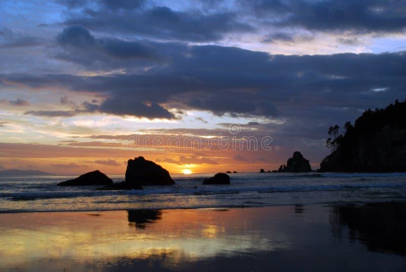 wschód słońca whangamata zdjęcie stock