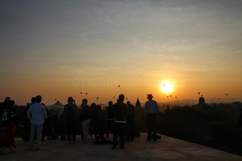 Wsch?d s?o?ca w Myanmar zdjęcie stock