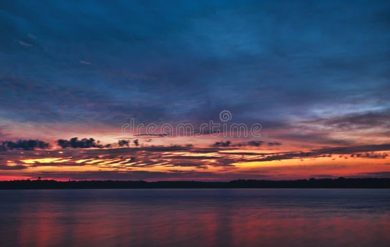 Wschodów słońca odcienie obraz stock