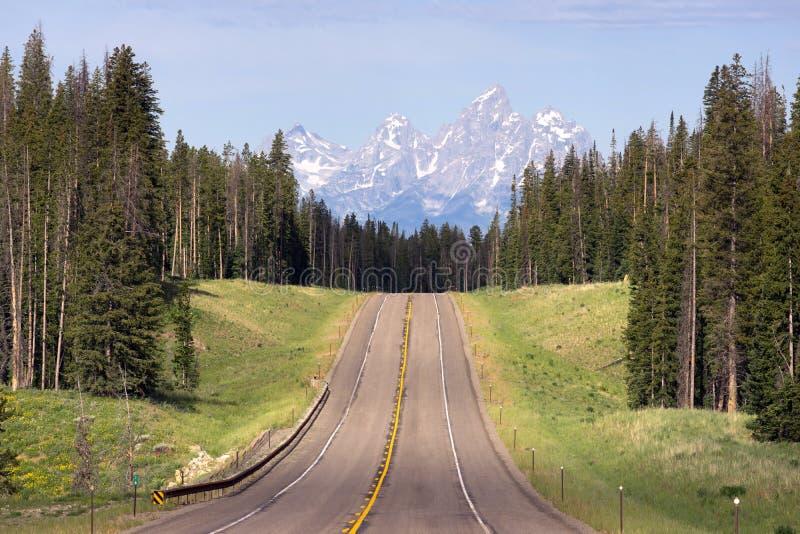 Wschodnia podejście autostrada Uroczysty Teton park narodowy fotografia stock