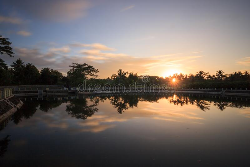 Wschodu słońca niebo zdjęcie stock