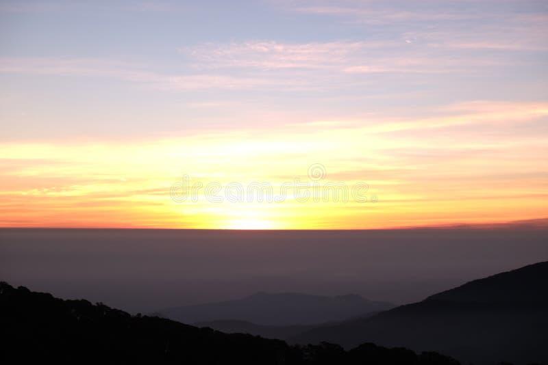 Wschodu słońca widok od Tajlandia zdjęcia stock
