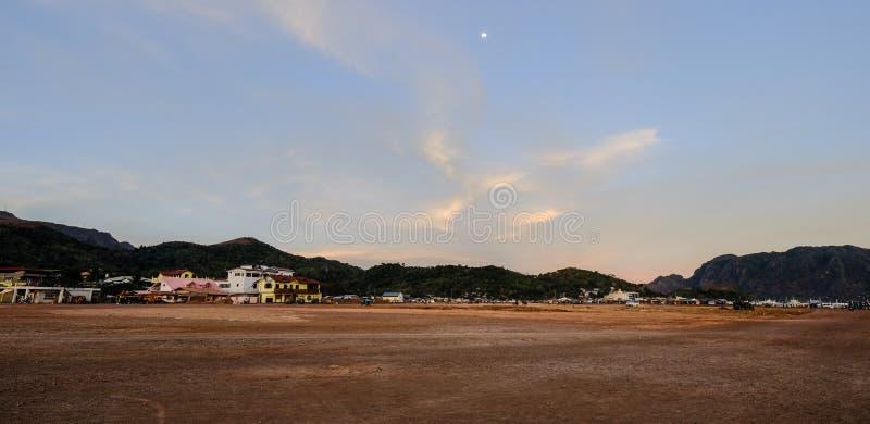 Wsi społeczność miejska na Coron wyspie zdjęcie stock