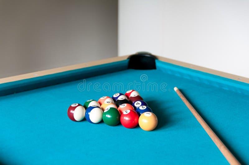 Wskazówka i piłki jesteśmy na stole obraz stock