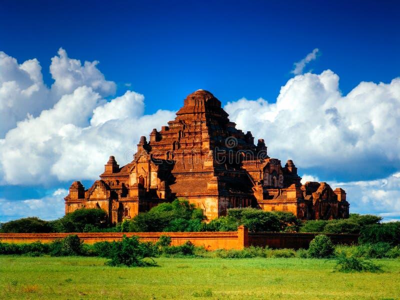 Wspaniała Dhammayangyi świątynna panorama, poganin, Bagan Myanmar fotografia stock