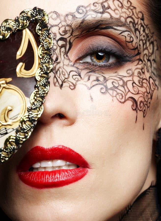 wspaniała maskowa kobieta zdjęcie stock