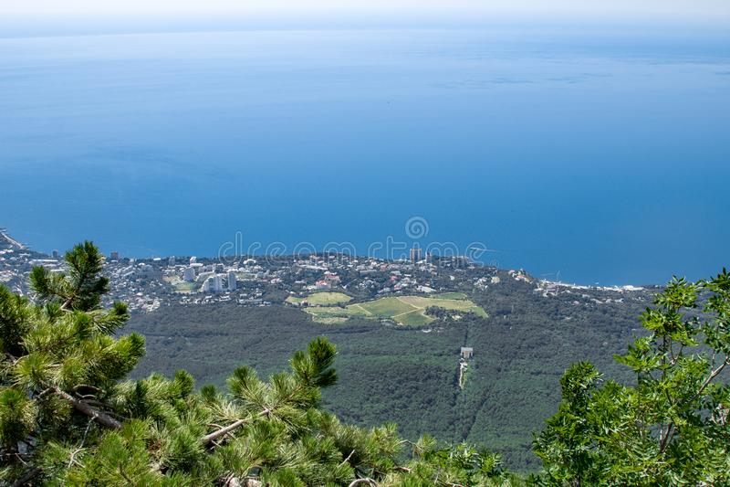 Wspaniały czysty niebo Powietrzny panoramiczny widok pejzaż miejski Piękna panorama miasto od ptasiego oko lota obraz royalty free