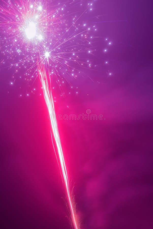 Wspaniały fajerwerku tła vertical wizerunek obraz stock
