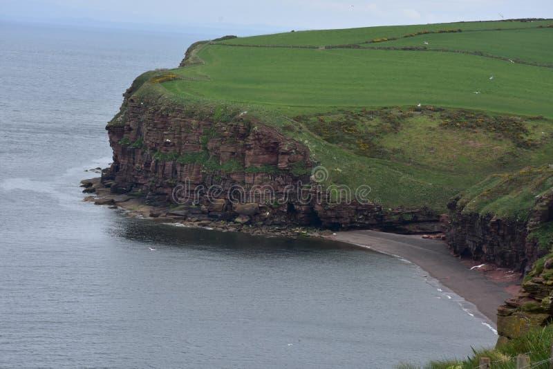 Wspaniały Sceniczny widok Fleswick zatoka w Zachodnim Cumbria obrazy royalty free