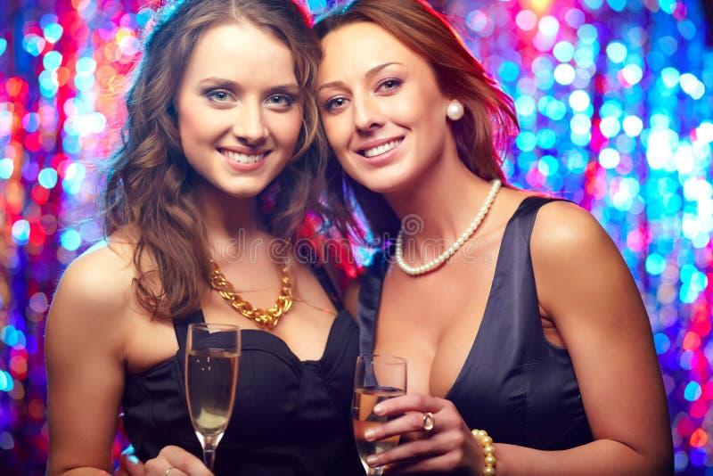 Download Wspaniali przyjaciele obraz stock. Obraz złożonej z feminizm - 28951109