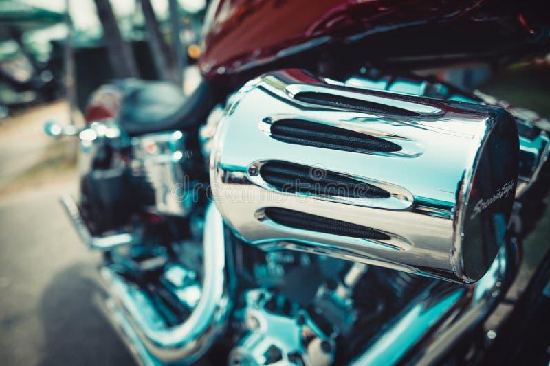 Wspaniali rowery przy obyczajowym samochodem i rowerem pokazują Pattaya fotografia stock