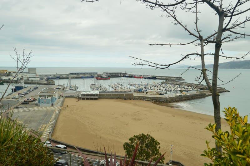 Wspaniali widoki port Od Swój Wysokiego punktu W Warownym miasteczku Getaria Natura wieków średnich podróż zdjęcie stock