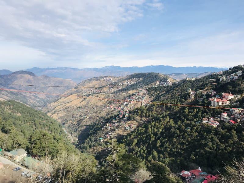 Wspaniali widoku Shimla wzgórza zdjęcie royalty free