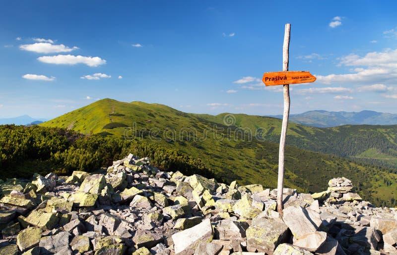 Wspina się Prasiva i wspina się Chochula w Nizke Tatry obraz stock