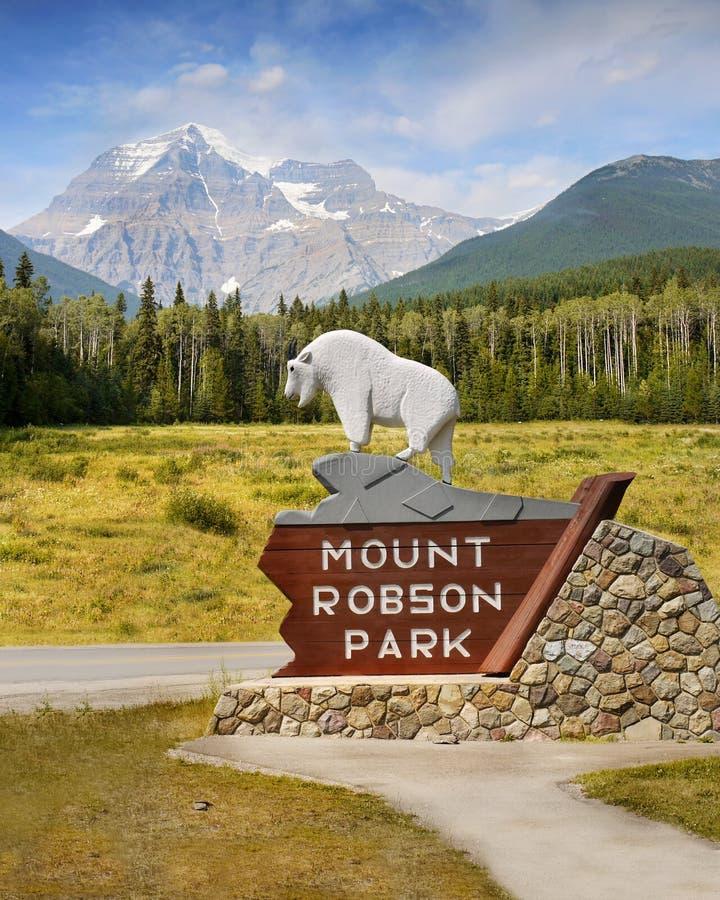 Wspina się Robson, Kanadyjskie Skaliste góry, kolumbiowie brytyjska obraz stock