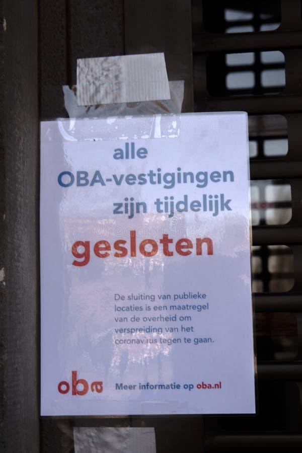 Wszystkie Biblioteki OBA Zamknięte Z Powodu Przerwy W Coronavirus W Amsterdamie Holandia 2020 zdjęcia royalty free