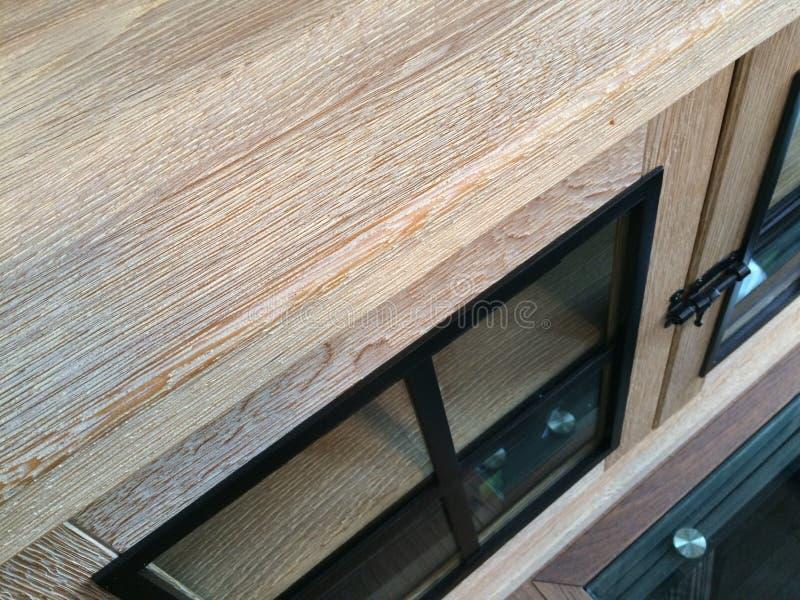 Wszywki drewno we wnętrzu drogiego domu zdjęcia stock