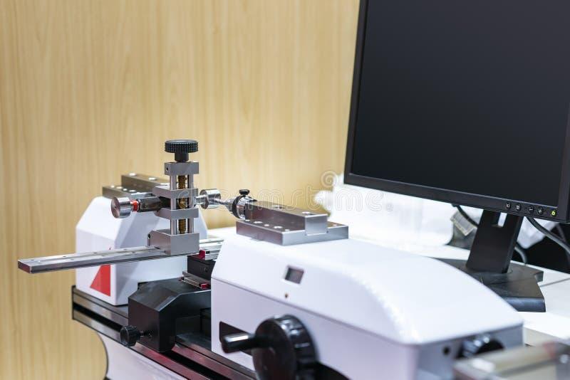 Wtyczkowego wymiernika położenie dla, sprawdzać i mierzyć ogólnoludzką horyzontalną kalibracyjną system maszyną nowoczesna techno zdjęcia royalty free