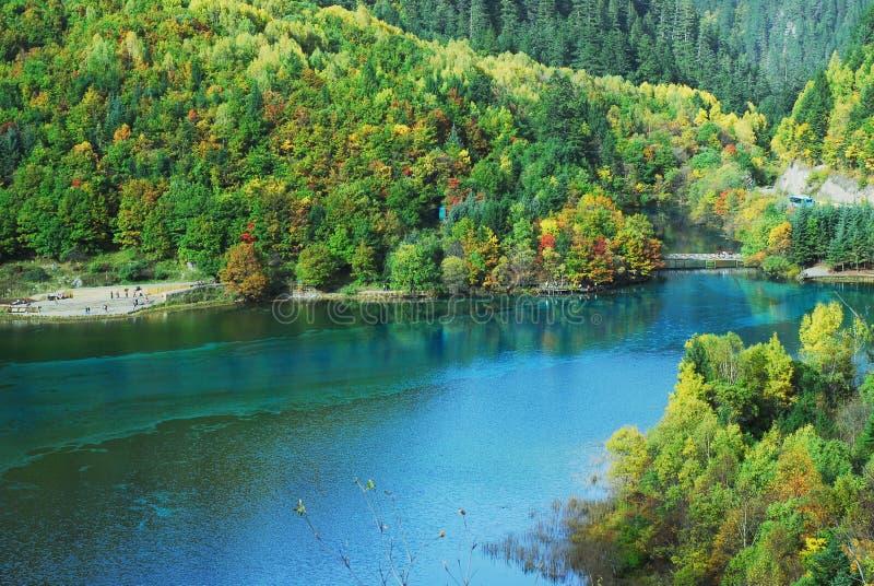 Wu Hua See in Jiuzhaigou lizenzfreies stockbild