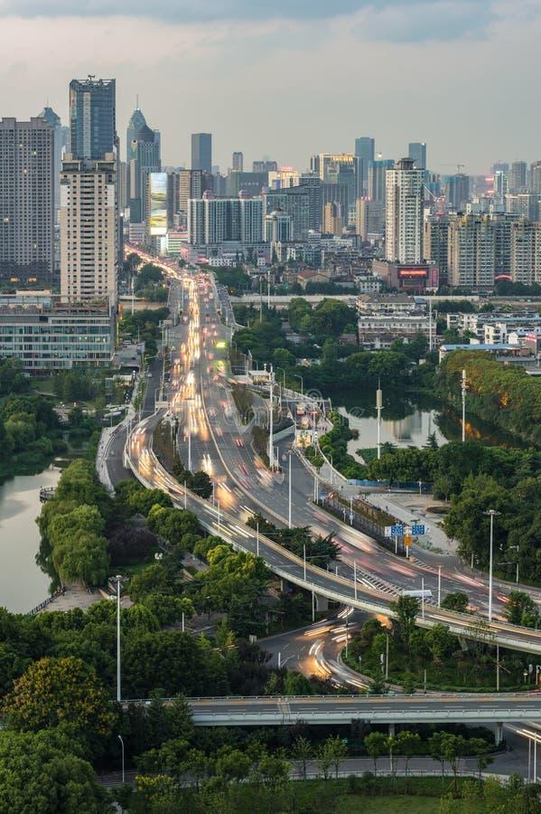 Wuhan Qintai droga i wiadukt zdjęcia royalty free