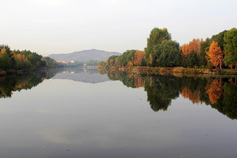 Wuhua berg royaltyfri bild