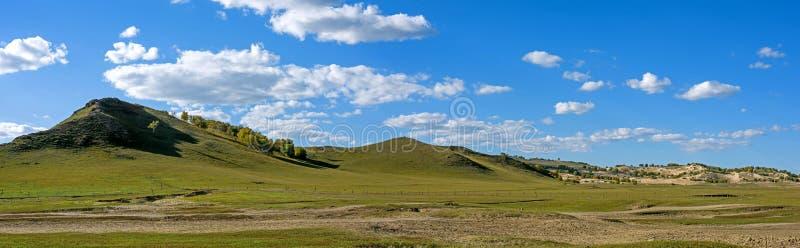 WulanBu wszystkie obszaru trawiastego pola bitwy jesieni antyczna sceneria obrazy royalty free