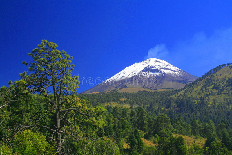 wulkan popocatepetl obrazy royalty free