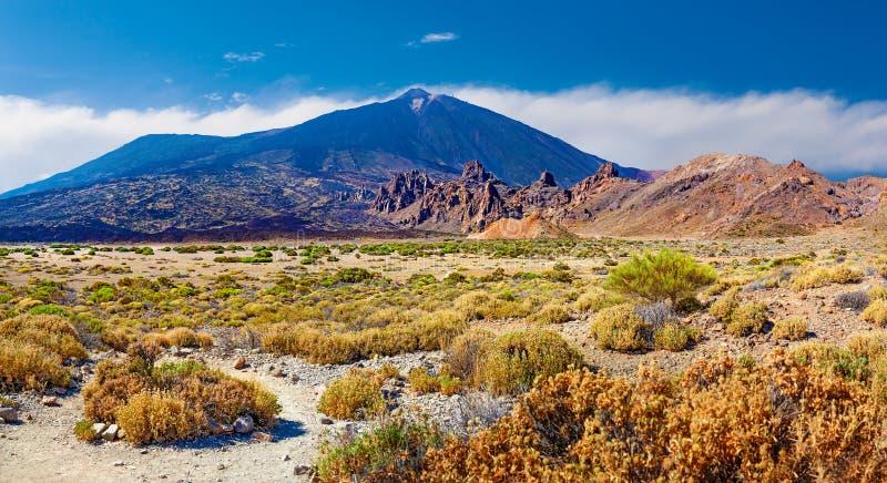 Wulkan Teide z Llano De Ucanca panorama pustynna fotografia stock