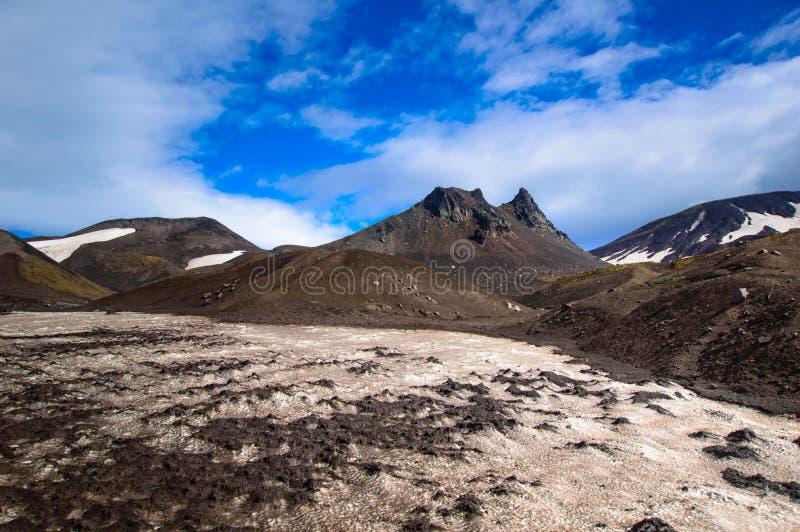wulkaniczna krajobrazu Avachinsky wulkan - aktywny wulkan półwysep kamczatka Rosja, Daleki Wschód obraz royalty free
