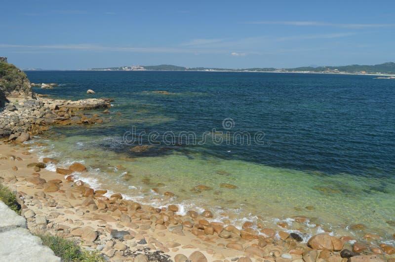 Wunderbarer Strand von Flusssteinen im Lanzada in Noalla Natur, Architektur, Geschichte, Reise 19. August 2014 Noalla, Pontevedra stockfoto