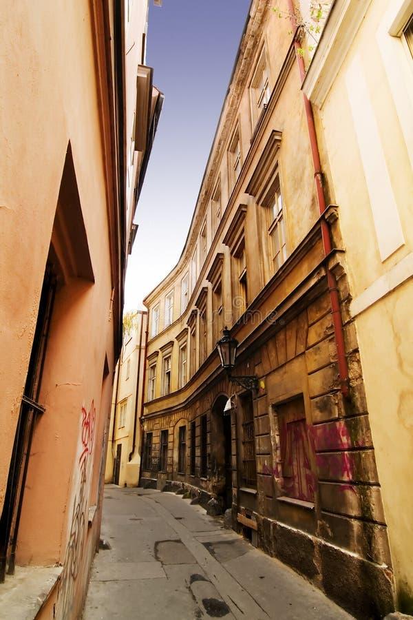 Wunderliche Straße Prag stockfoto