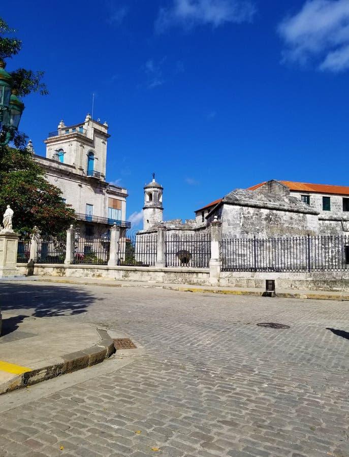Wundern auf den Straßen von Havana - Giraldilla stockfoto