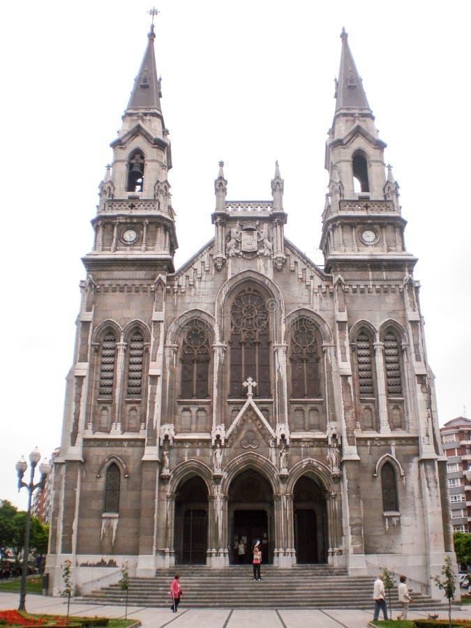 Wunderschöne Kathedrale Kirche des Heiligen Thomas von Canterbury in Aviles 8. Juli 2010 Asturien, Spanien, Europa Travel Tourism stockfoto