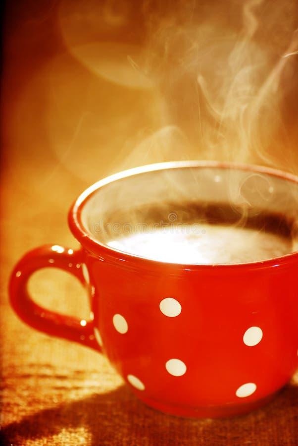 Wundervolles Cup heißer Kaffee lizenzfreie stockfotografie