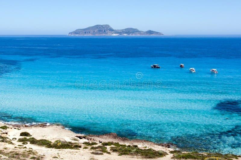 Wundervolles Meer ein Favignana lizenzfreie stockfotografie