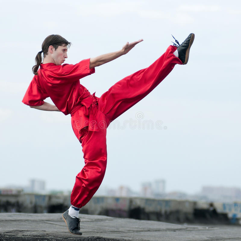 Download Wushoo Man In Red Practice Martial Art Royalty Free Stock Images - Image: 22139289