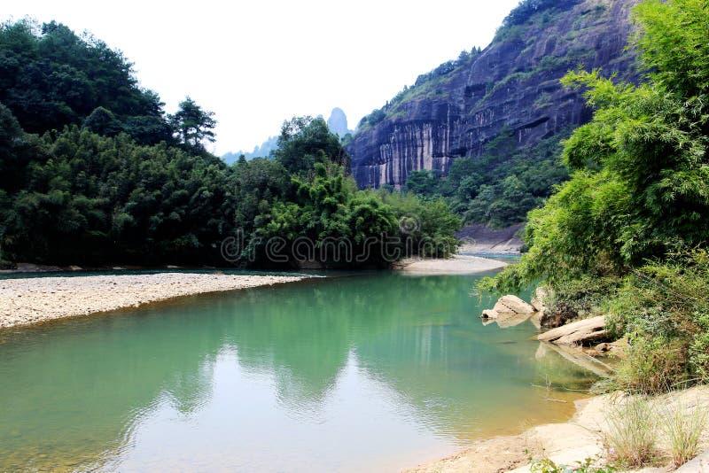 Wuyi góra danxia geomorfologii sceneria w Chiny zdjęcie stock