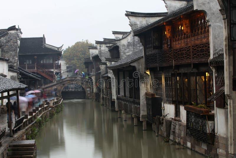 Wuzhen镇在雨中 免版税库存照片