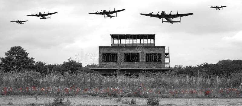 WW2军事机场塔台 免版税库存图片