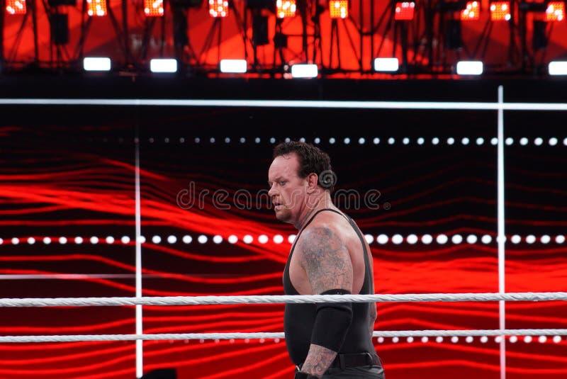 WWE-de Worstelaar de Begrafenisondernemer staart over ring stock afbeeldingen