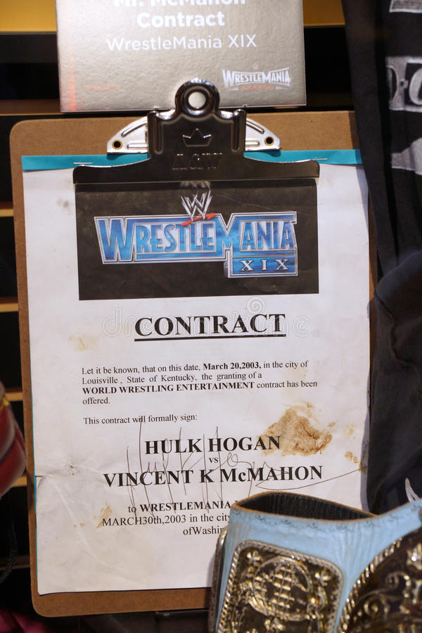 WWE Legend Hulk Hogan vs. WWE Owner Vincent K McMahon contract. SAN JOSE - MARCH 28: WWE Legend Hulk Hogan vs. WWE Owner Vincent K McMahon contract for match at royalty free stock photo